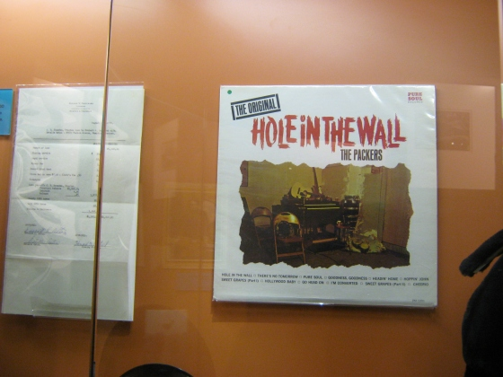 Hole in the wall, The Packers